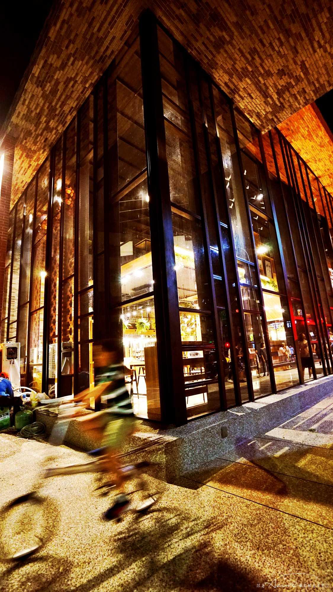 會消失的書店,和平青鳥,夜景微光攝影,人文攝影